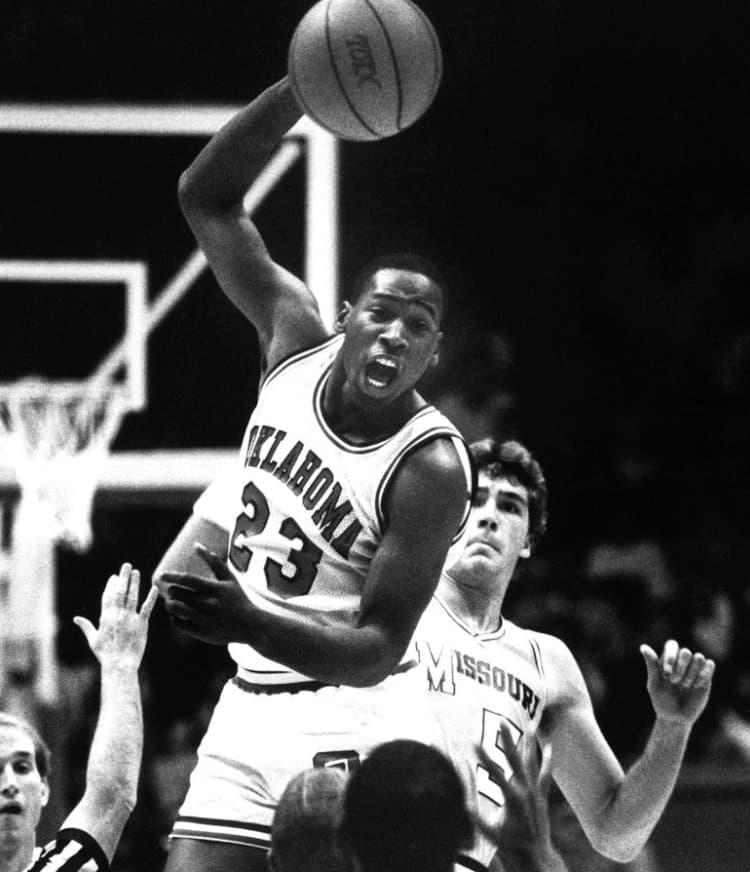 Wayman Tisdale Oklahoma (1983 1985)